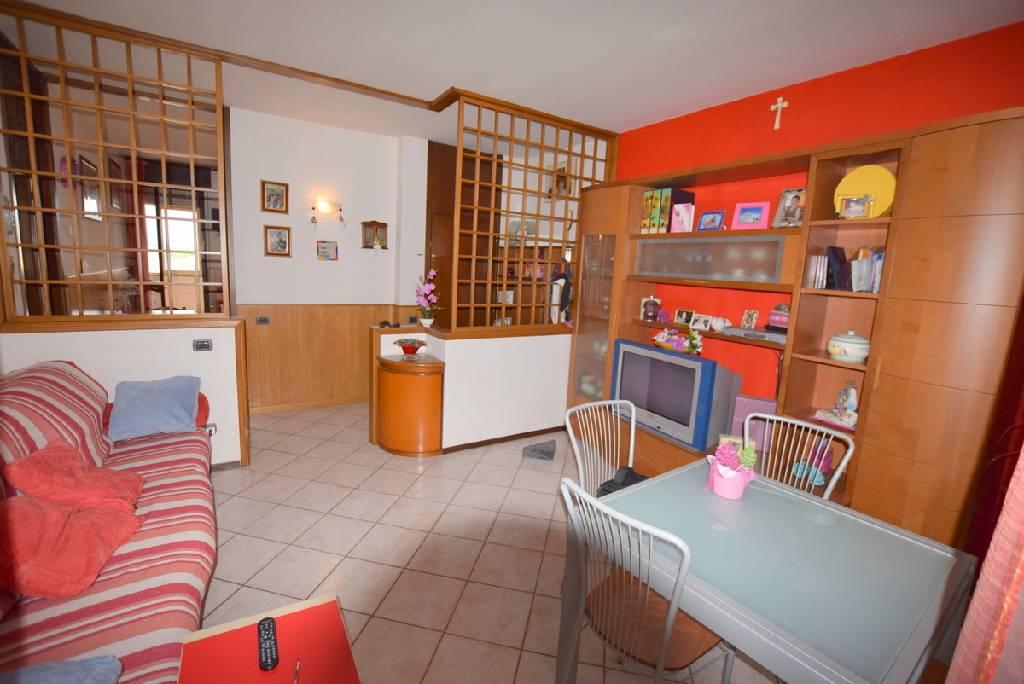 Appartamento in vendita a Trevignano, 3 locali, prezzo € 80.000 | PortaleAgenzieImmobiliari.it