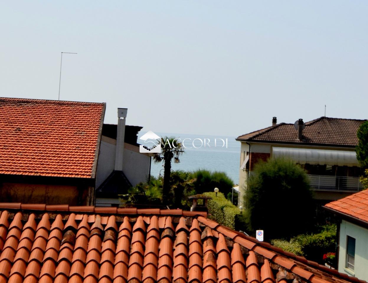 Appartamento in vendita a Jesolo, 3 locali, prezzo € 195.000   CambioCasa.it