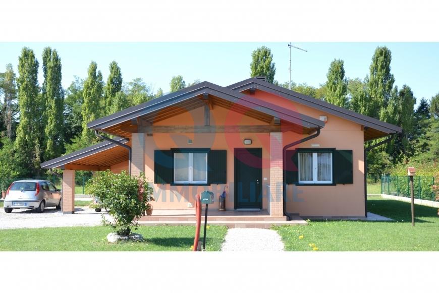 Villa a Schiera in vendita a Buttrio, 6 locali, prezzo € 239.000 | Cambio Casa.it