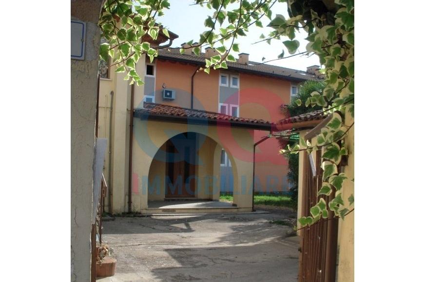 Palazzo / Stabile in vendita a Precenicco, 8 locali, prezzo € 249.000 | Cambio Casa.it