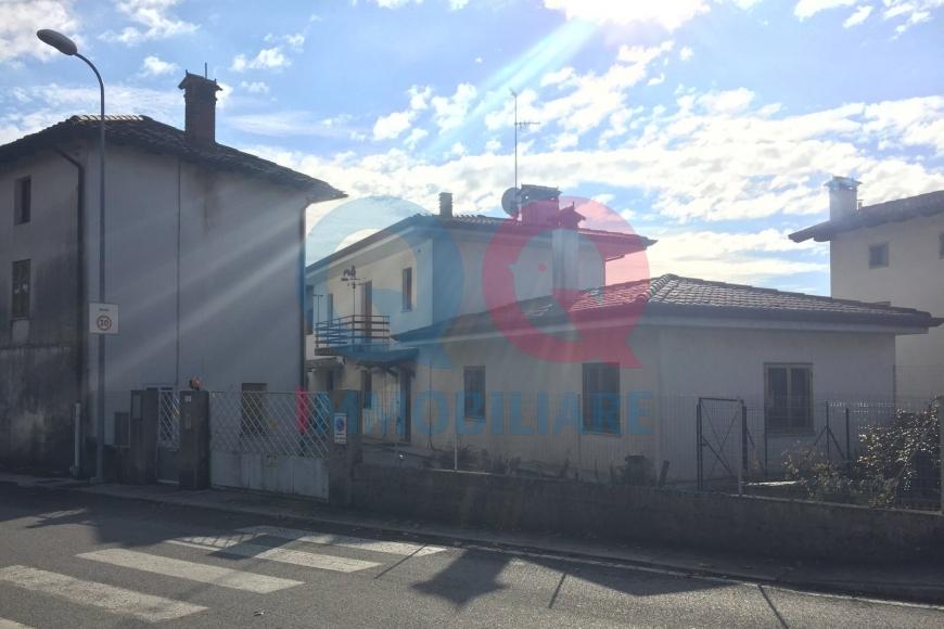 Soluzione Semindipendente in vendita a Pradamano, 14 locali, prezzo € 139.000 | Cambio Casa.it
