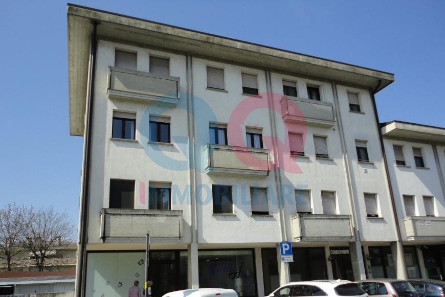 Appartamento in affitto a Ronchis, 6 locali, prezzo € 500 | Cambio Casa.it