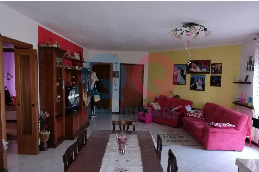 Appartamento in vendita a Pramaggiore, 6 locali, zona Località: GENERICA, prezzo € 123.000 | Cambio Casa.it