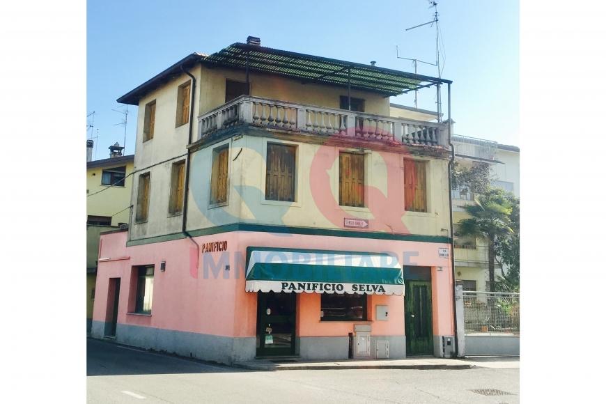 Appartamento in vendita a Latisana, 4 locali, Trattative riservate   Cambio Casa.it