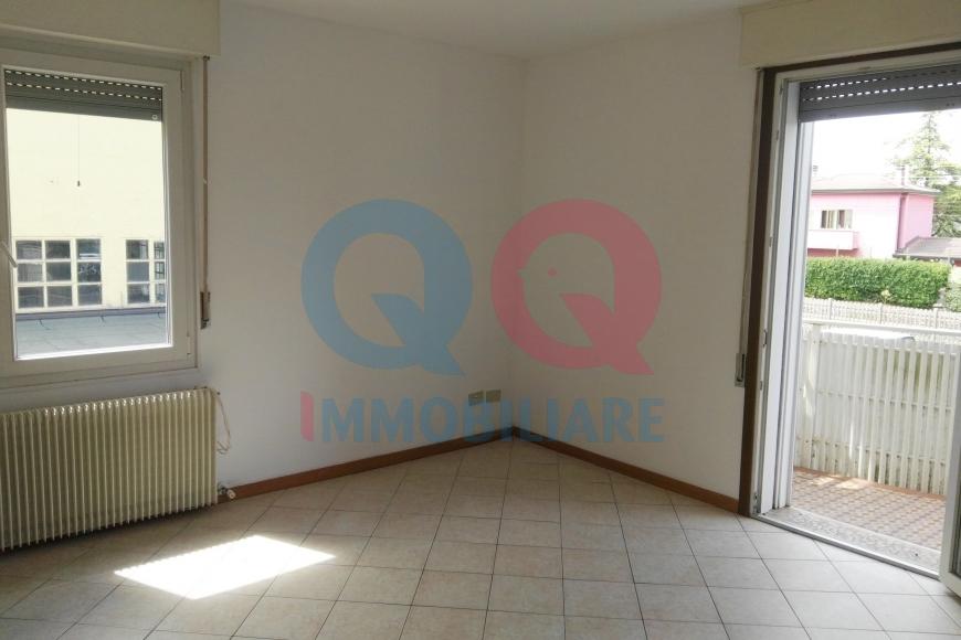 Appartamento in affitto a Palazzolo dello Stella, 4 locali, Trattative riservate | CambioCasa.it