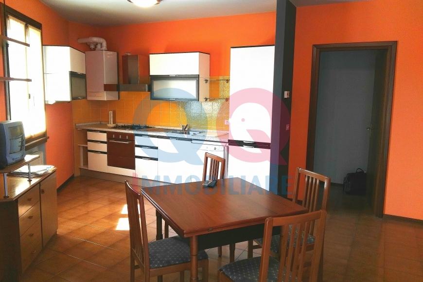 Appartamento in vendita a Varmo, 5 locali, Trattative riservate | CambioCasa.it