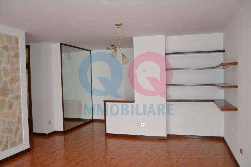 Appartamento in affitto a Latisana, 5 locali, Trattative riservate   CambioCasa.it