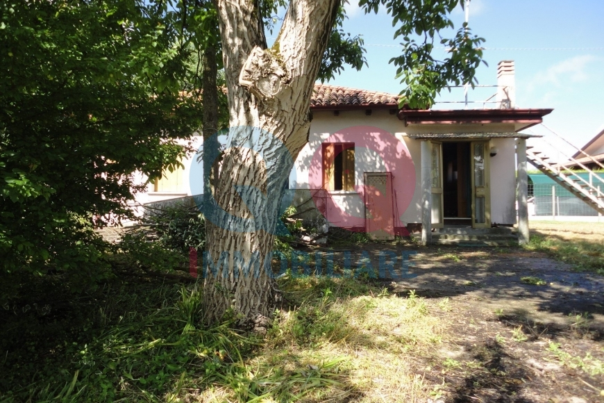 Villa in vendita a Palazzolo dello Stella, 5 locali, Trattative riservate | Cambio Casa.it