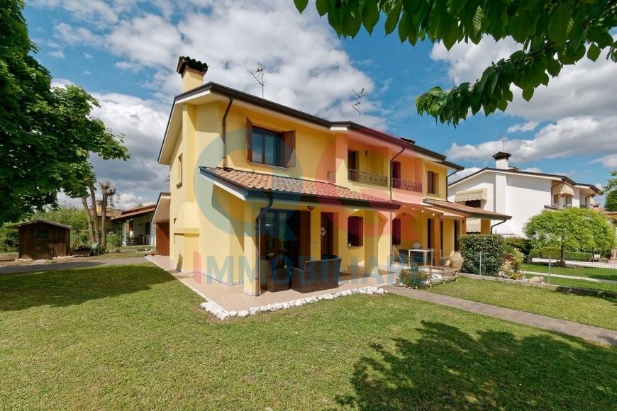 Soluzione Semindipendente in vendita a Cinto Caomaggiore, 7 locali, prezzo € 190.000 | CambioCasa.it