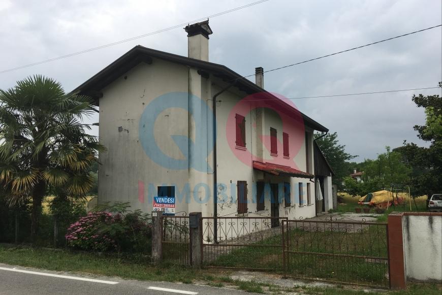Soluzione Indipendente in vendita a Cinto Caomaggiore, 10 locali, prezzo € 89.000 | CambioCasa.it