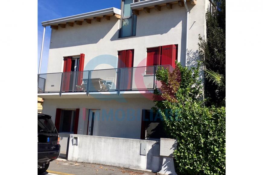 Appartamento ristrutturato arredato in vendita