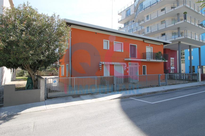 Casa vacanze quadrilocale turistico a Lignano Sabbiadoro (UD)