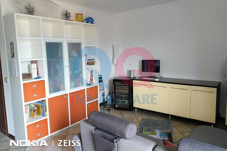 Appartamento in buone condizioni in vendita Rif. 10054792