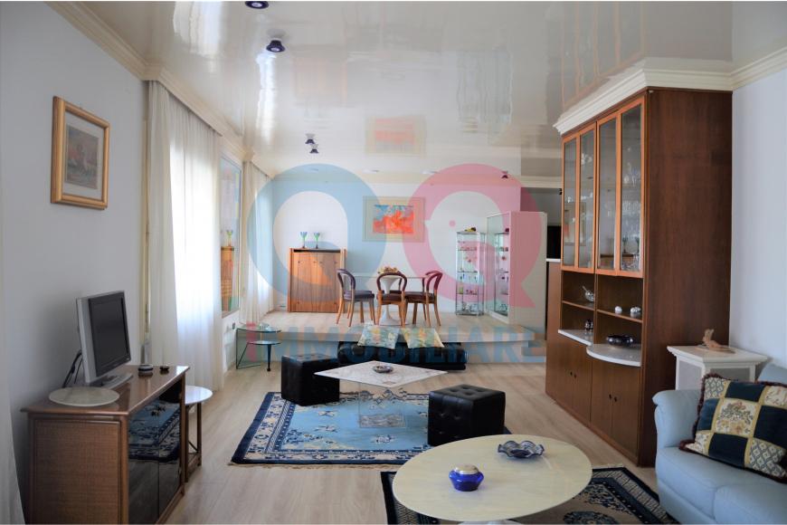 Appartamento ristrutturato in vendita Rif. 11741760