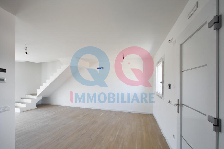 Villa bifamiliare UDINE qq-1296-0