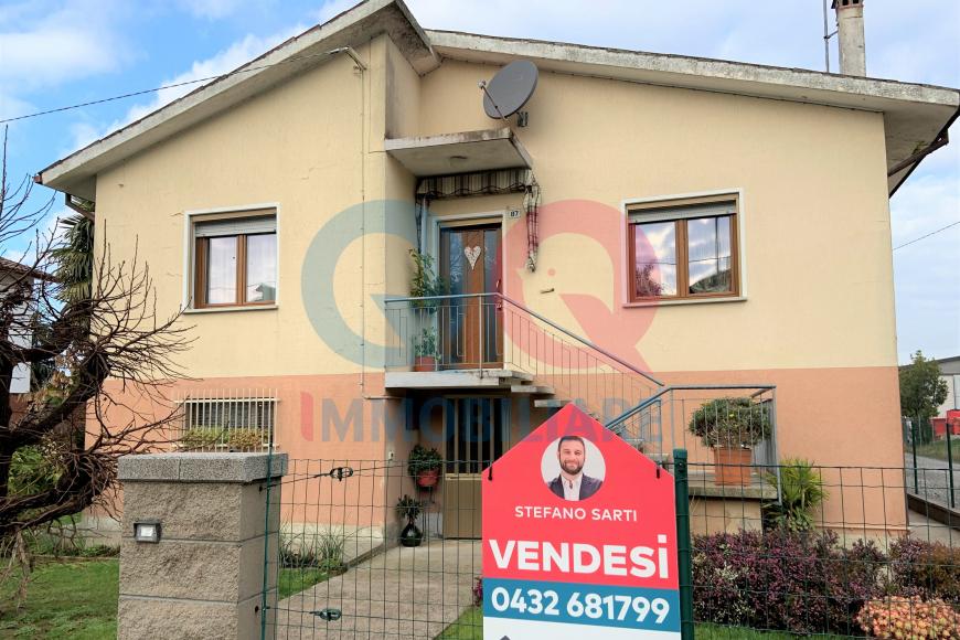 Casa indipendente 6 locali in vendita a Latisana (UD)