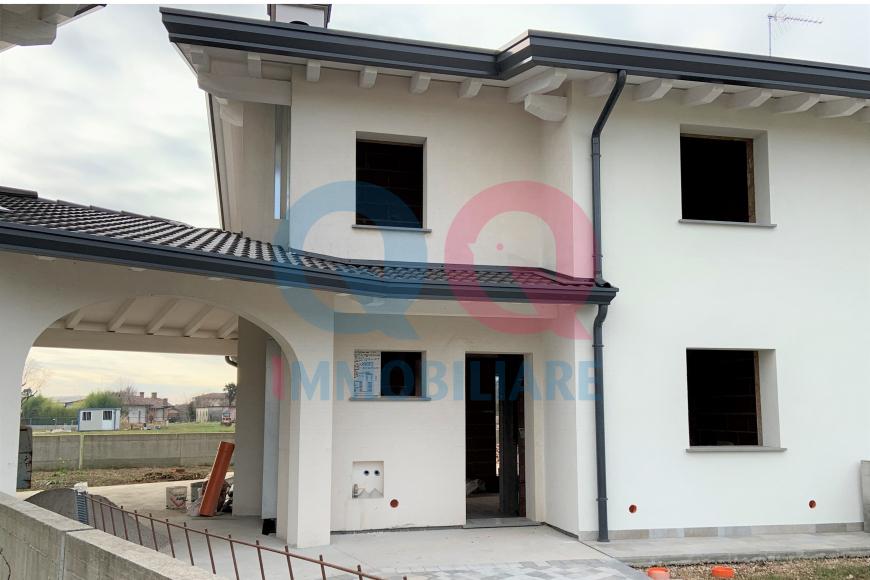 Villa a schiera 5 locali in vendita a Mortegliano (UD)