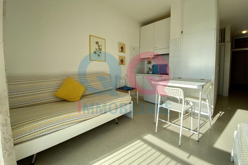 Casa Vacanze LIGNANO SABBIADORO qq-1358-0