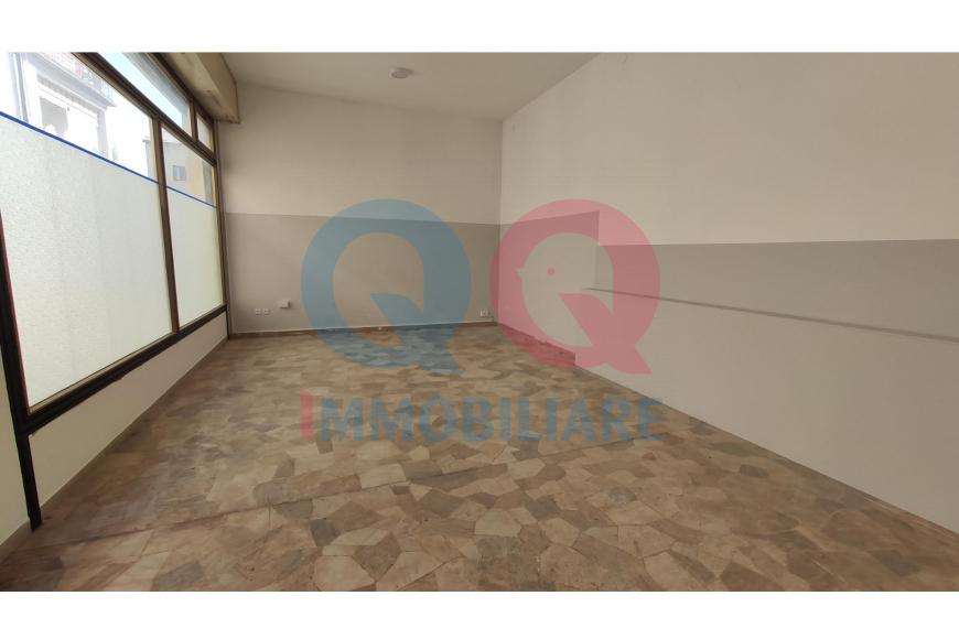Locale Commerciale LATISANA qq-1407-0