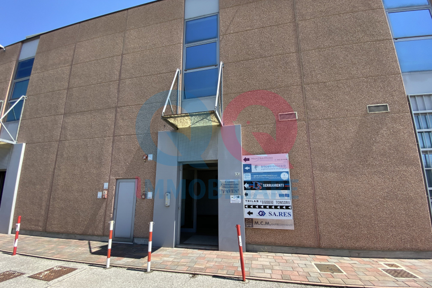 Ufficio GRUARO qq-1446-0