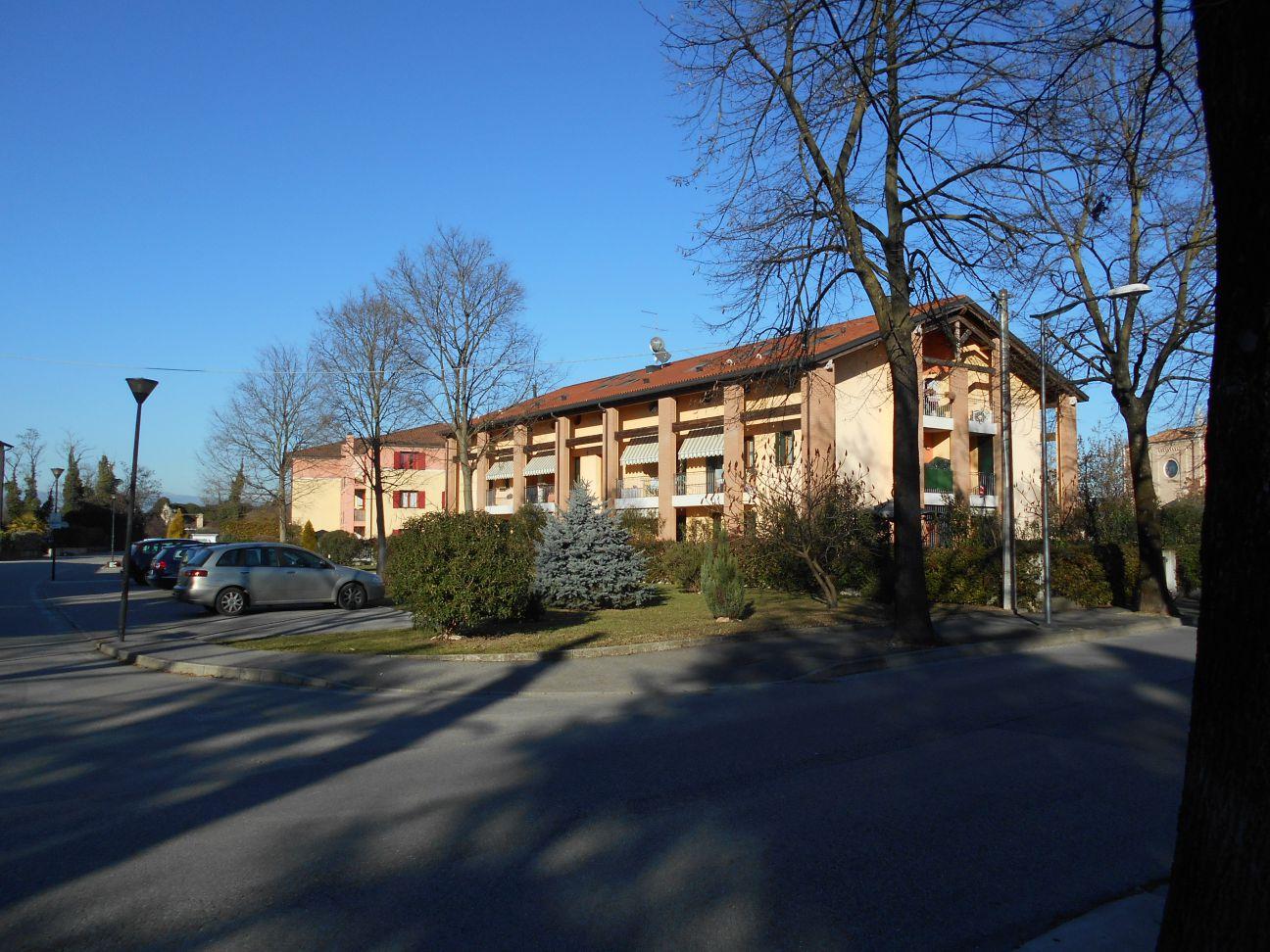 vendita appartamento ponte di piave  Via San Bonifacio 102000 euro  4 locali  84 mq
