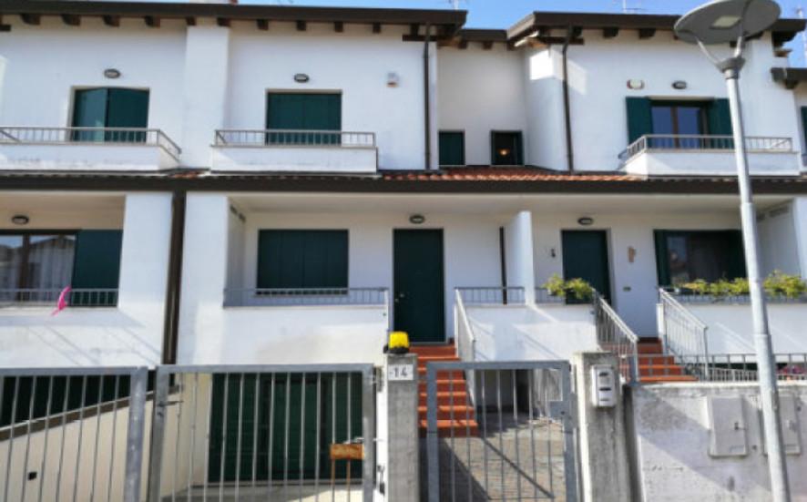 Appartamento in vendita Rif. 8670480