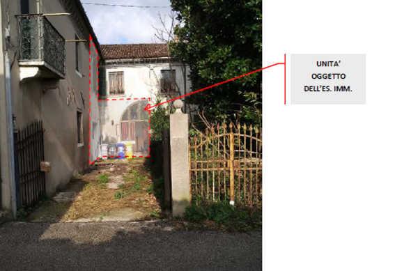 Appartamento in discrete condizioni in vendita Rif. 11261312