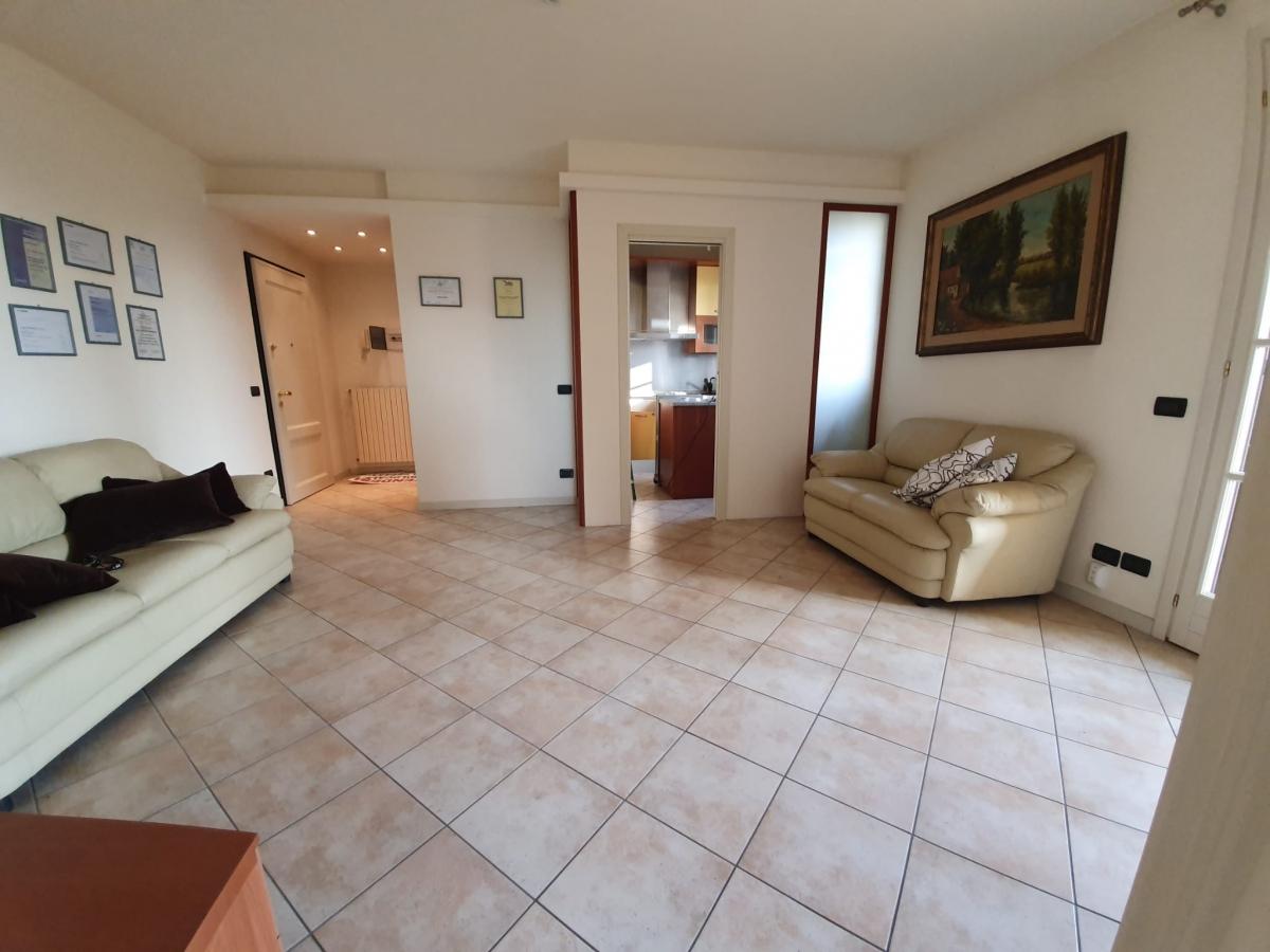 Appartamento trilocale in vendita a Roncadelle (BS)