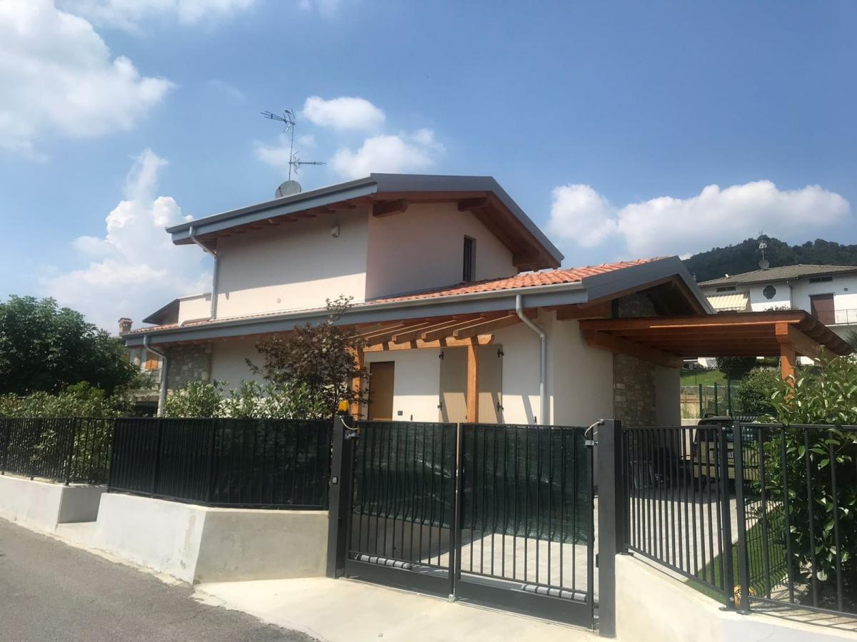Villa quadrilocale in vendita a Brescia (BS)