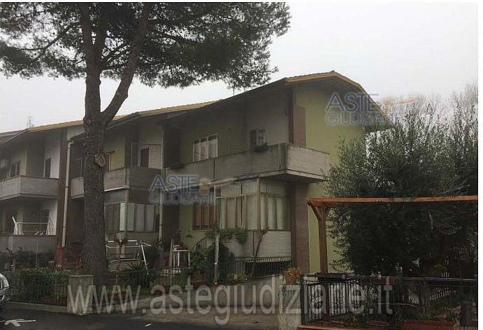 Appartamento in vendita Rif. 9949434