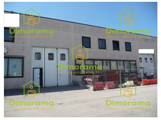 Capannone trilocale in vendita a Ravenna (RA)