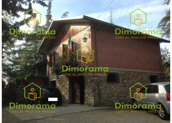 Terratetto 5 locali in vendita a Mercato Saraceno (FC)