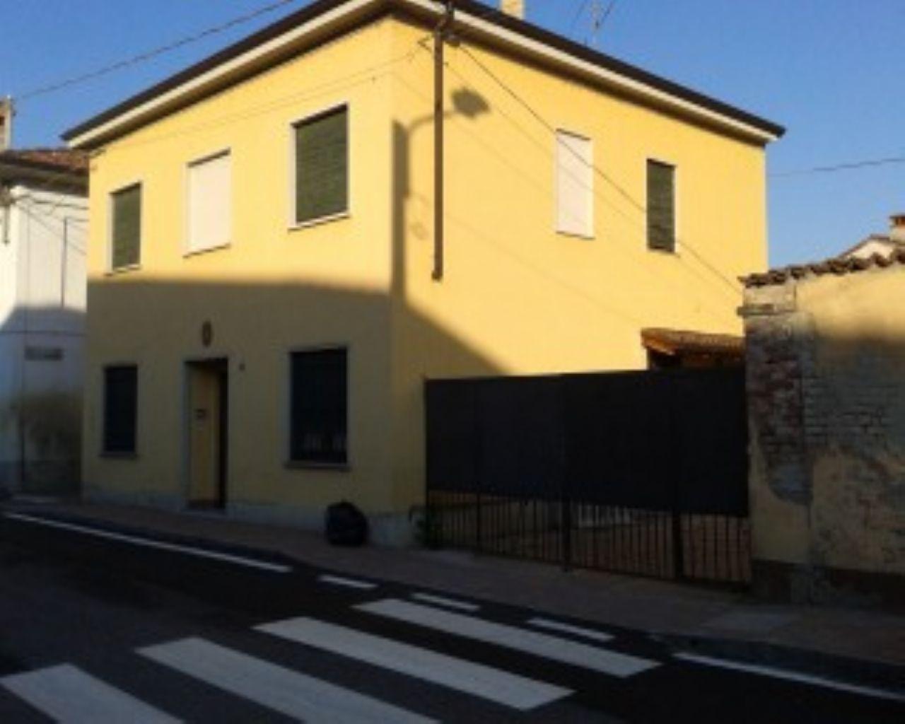 Soluzione Indipendente in vendita a Badia Pavese, 6 locali, zona Località: Badia Pavese, prezzo € 119.000 | Cambio Casa.it