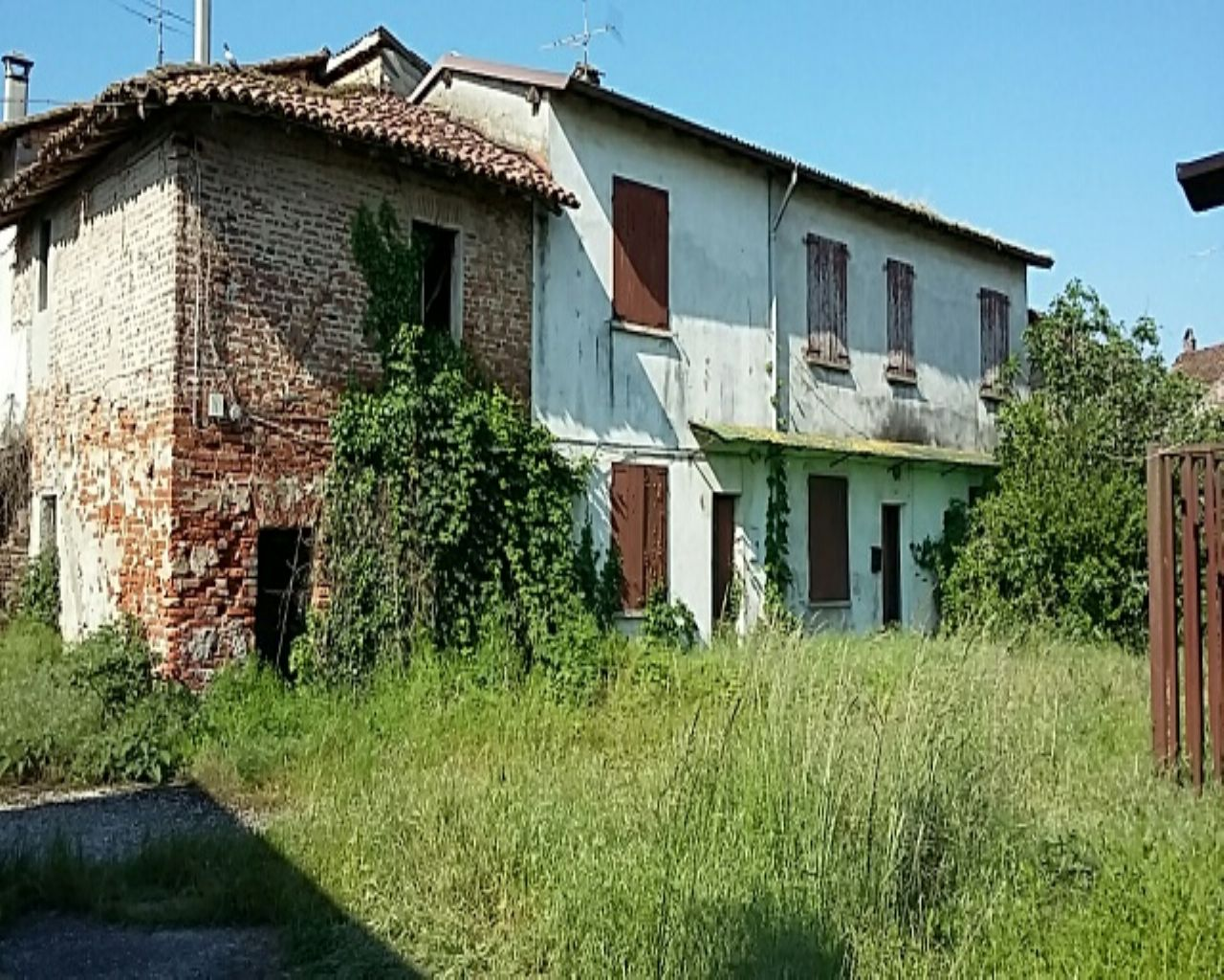 Rustico / Casale in vendita a Senna Lodigiana, 8 locali, Trattative riservate | Cambio Casa.it