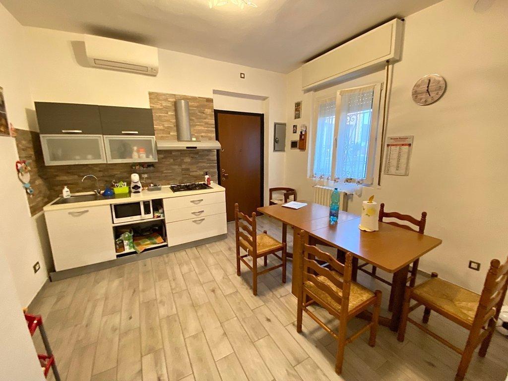 Casa indipendente quadrilocale in vendita a Senna Lodigiana (LO)