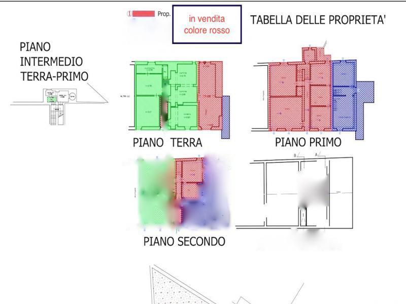 Appartamento in discrete condizioni in vendita Rif. 5434894