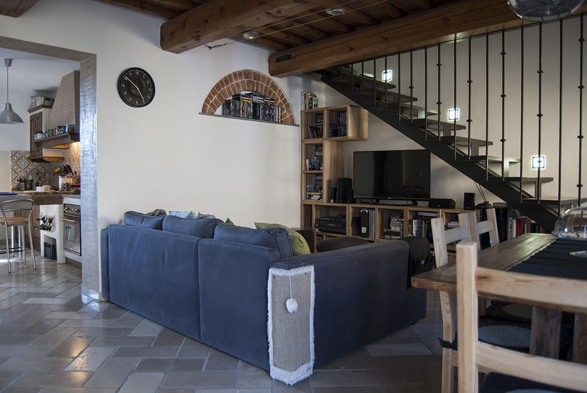 Casa Indipendente in buone condizioni in vendita Rif. 8945683