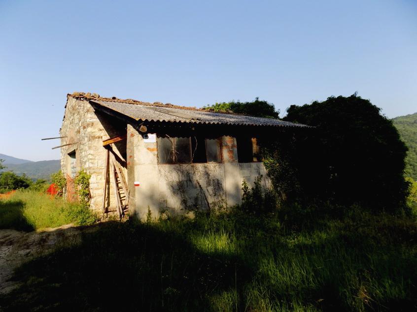 Rustico / Casale in discrete condizioni in vendita Rif. 10393906