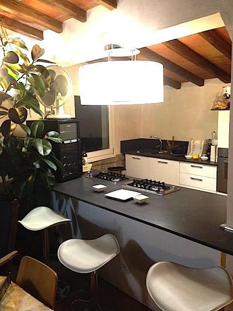Appartamento in ottime condizioni arredato in affitto Rif. 10588794