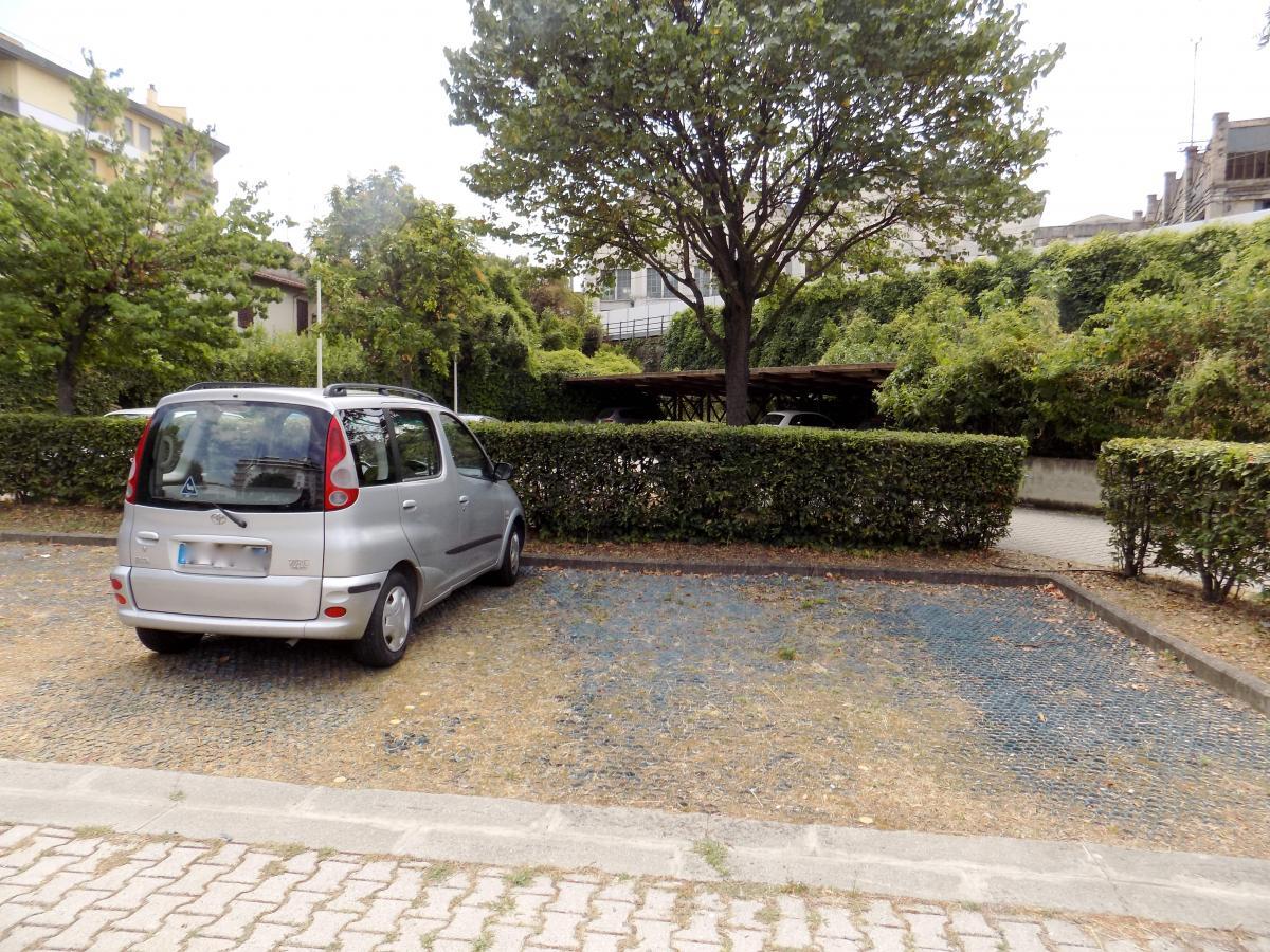 Magazzino - capannone in affitto Rif. 10774888