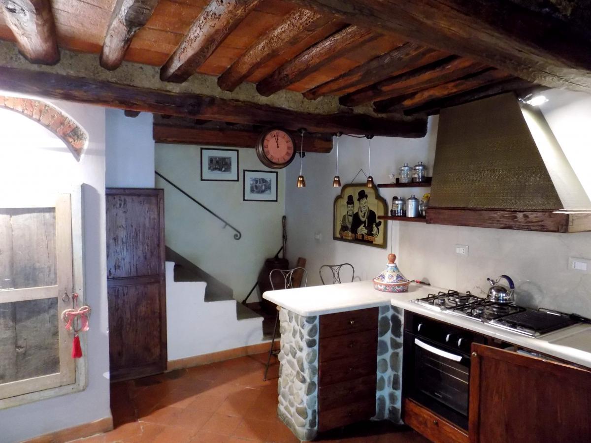 Terratetto 5 locali in vendita a Pistoia (PT)-5
