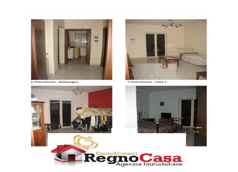 Appartamento in buone condizioni in vendita Rif. 8657206