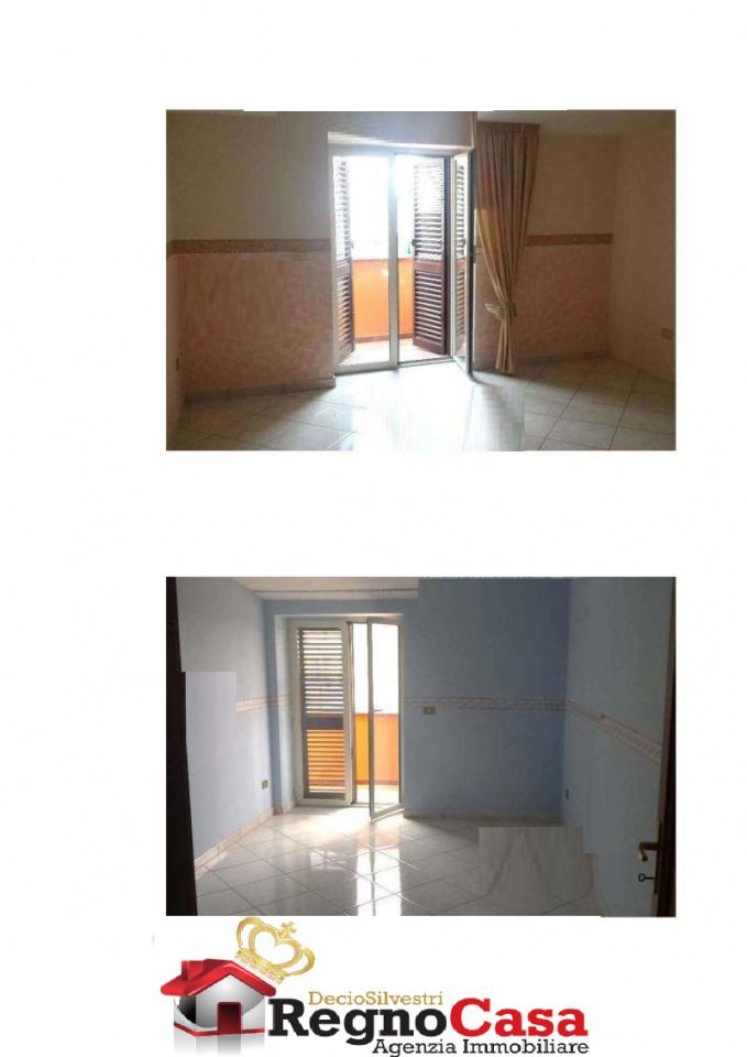 Appartamento in buone condizioni in vendita Rif. 9170462