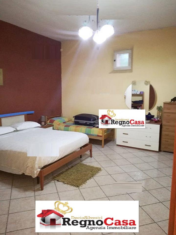 Appartamento da ristrutturare in vendita