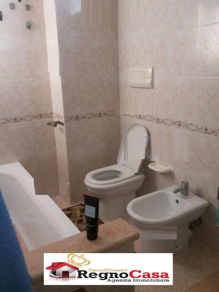 Appartamento in ottime condizioni in vendita Rif. 10762682