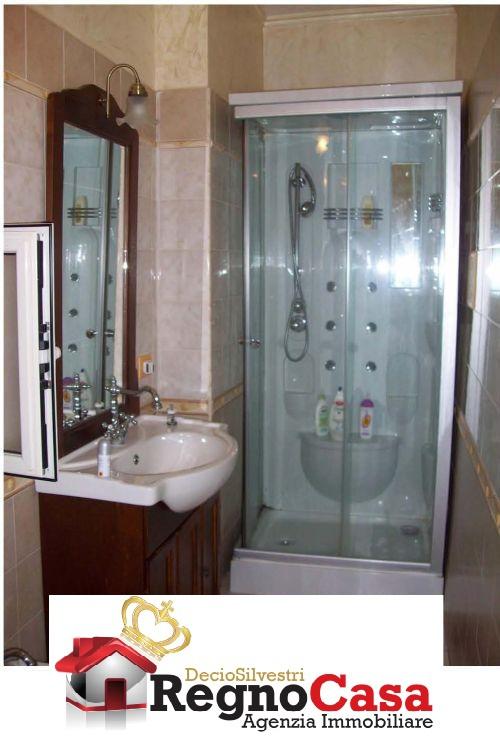 Appartamento da ristrutturare in vendita Rif. 7370606