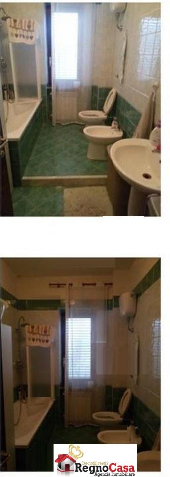 Appartamento in buone condizioni in vendita Rif. 10330574