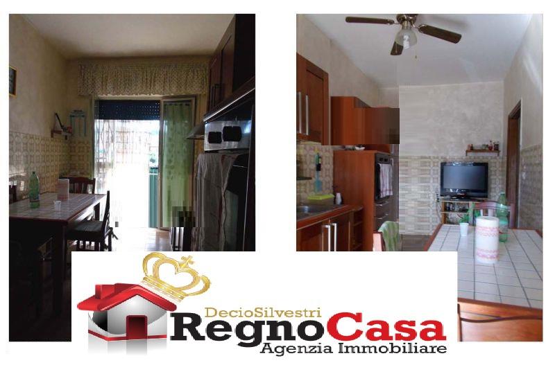 Appartamento da ristrutturare in vendita Rif. 10393918