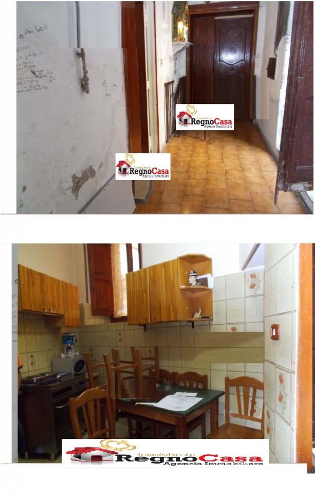 Appartamento trilocale in vendita a Napoli (NA)