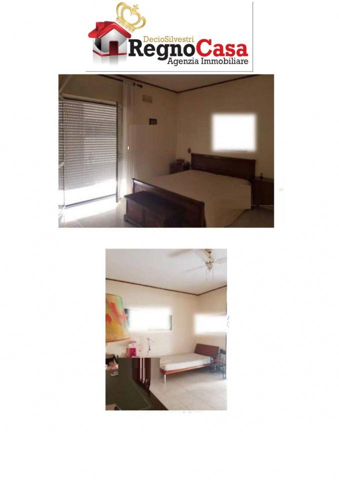 vendita appartamento santa maria capua vetere   122000 euro  4 locali  132 mq
